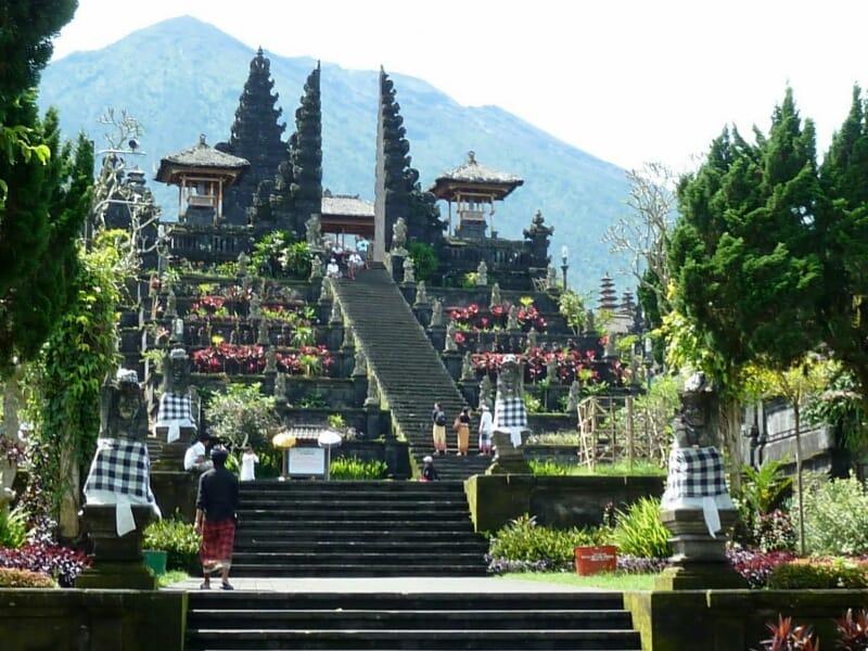 Karangasem Kembangkan 190 Desa Untuk Tarik Wisatawan Ke Bali