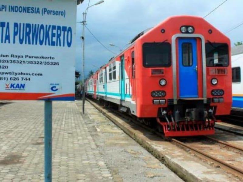 PT KAI Purwokerto Siapkan 8 Kereta Tambahan