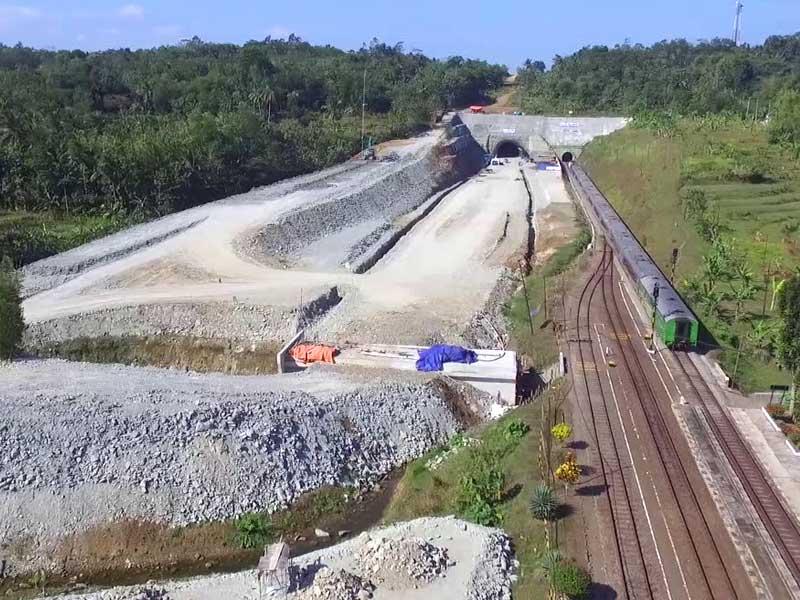 Terowongan Ijo Titik Krusial Pembangunan Double Track Kutoarjo-Kroya