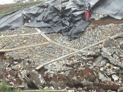 Drainase Tidak Sempurna Talut Tol Batang-Semarang Longsor