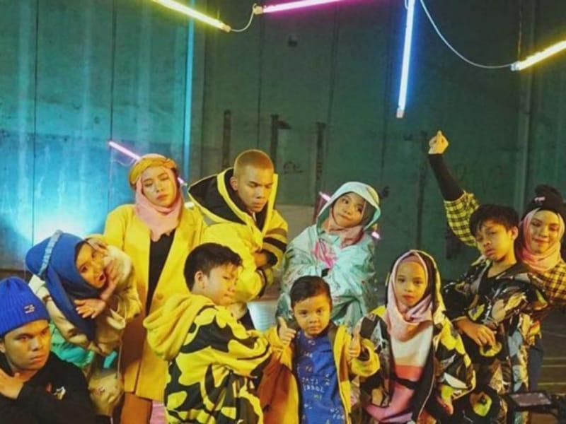 Pesan Keluarga di Lagu Ini Sukses Puncaki YouTube Channel