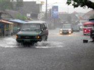 Jogja Dikepung Banjir Ribuan Warga Mengungsi