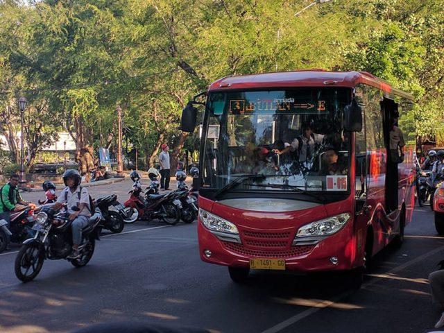 Bus Trans Semarang