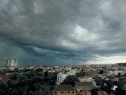 Cuaca Ekstrim  PT KAI Waspadai Bencana dan Perlintasan Sebidang