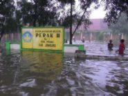 Banjir di Jombang Ganggu Aktivitas Pendidikan dan Perdagangan