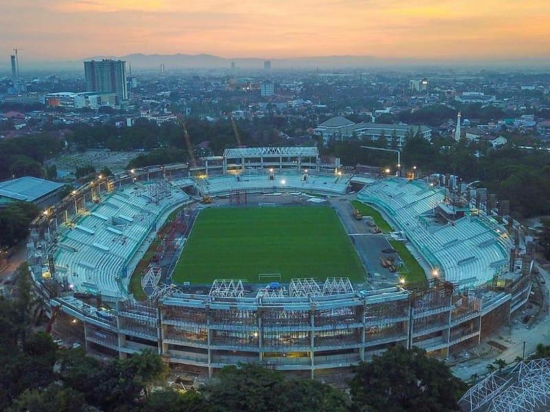 Image result for Stadion Manahan