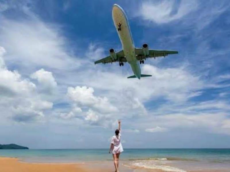Terlarang! Swafoto di Pantai Phuket Bisa Terancam Hukuman Mati