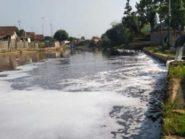 Sungai di Pekalongan Terekam Berwarna Hitam oleh Citra Satelit