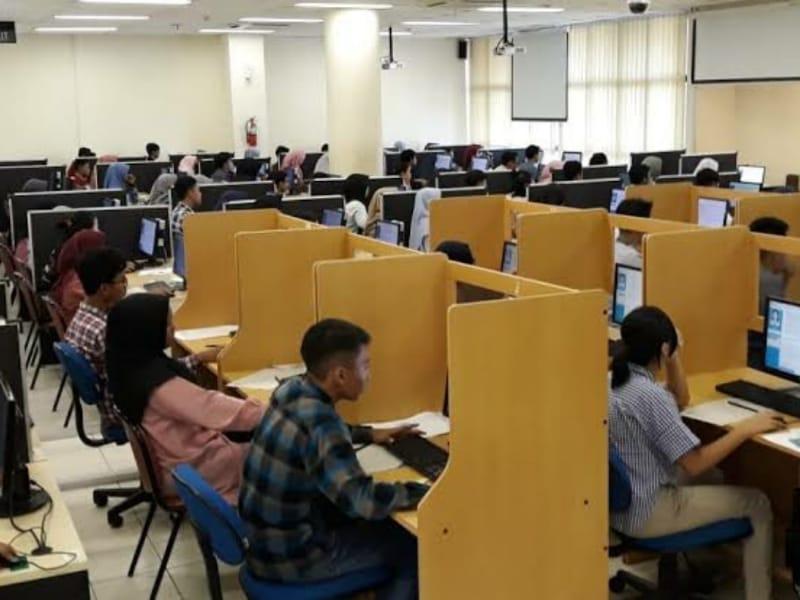 Undip Sediakan 1.850 Unit Komputer untuk UTBK