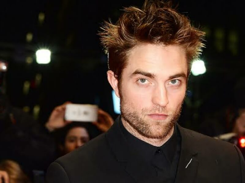 Robert Pattinson Sepakat Bintangi Batman