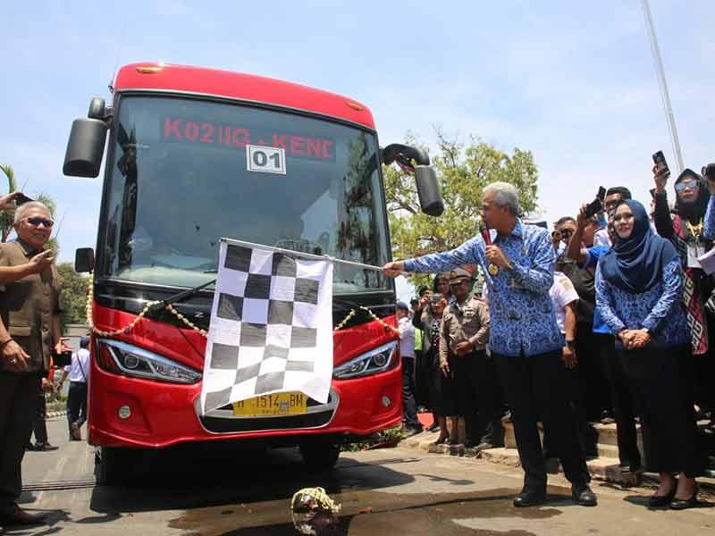 BRT Trans Jateng Rute Semarang-Kendal Diluncurkan, Pelajar Hanya Bayar Rp2.000