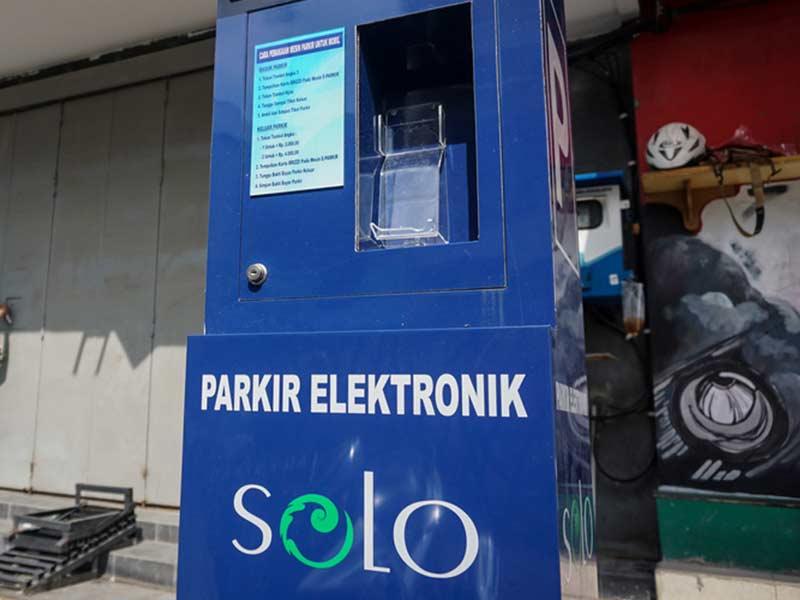 Kebijakan E-Parkir Solo Diperluas di Tujuh Lokasi Ini