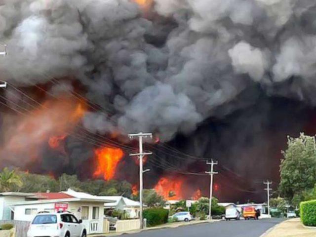 Kebakaran Hutan di Australia Makin Dahsyat, Tiga Tewas Ribuan Warga Mengungsi